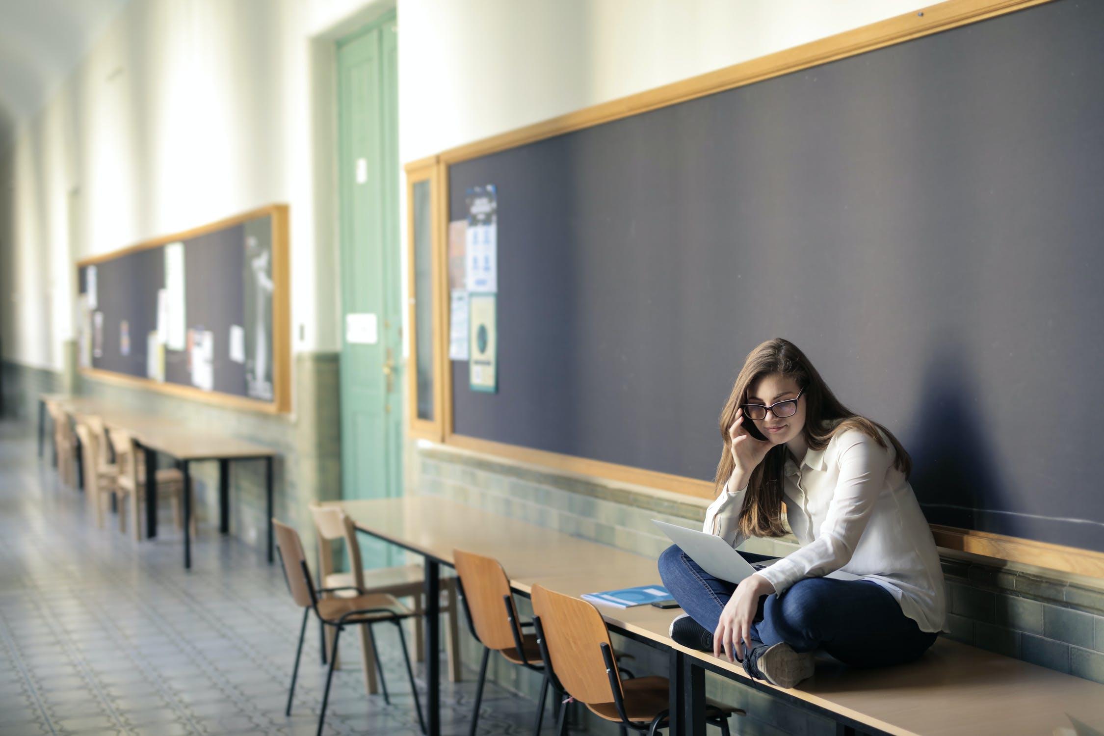 Online felkészítő tananyaghoz kapnak hozzáférést díjmentesen az érettségizők