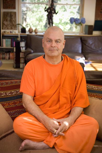 Meet Swami Chetanananda
