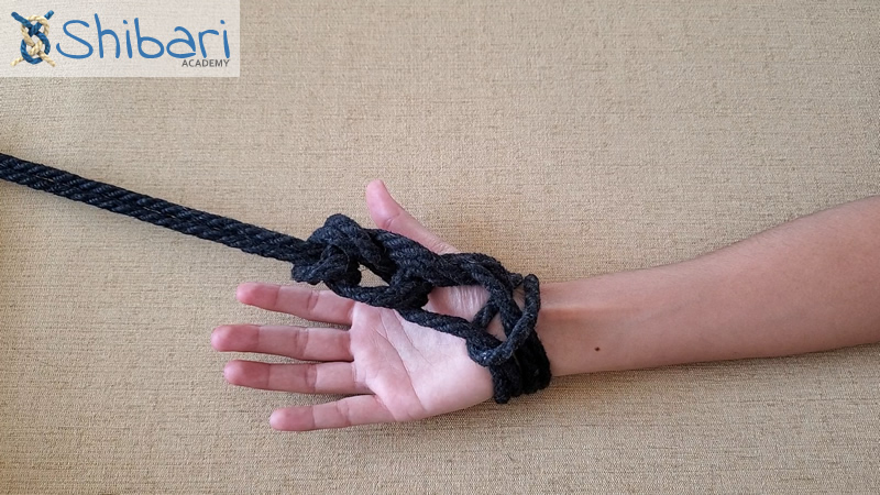 Chain Stitch Single Column Tie Shibari