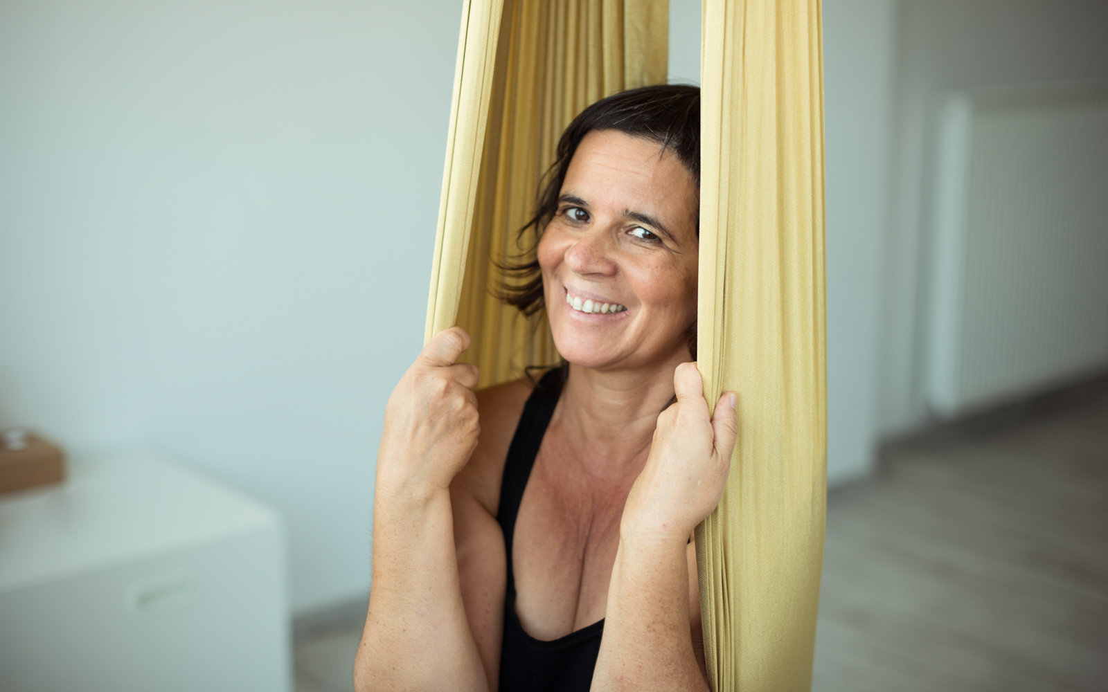 Certification de professeur de yoga aérien avec Raquel Devillé
