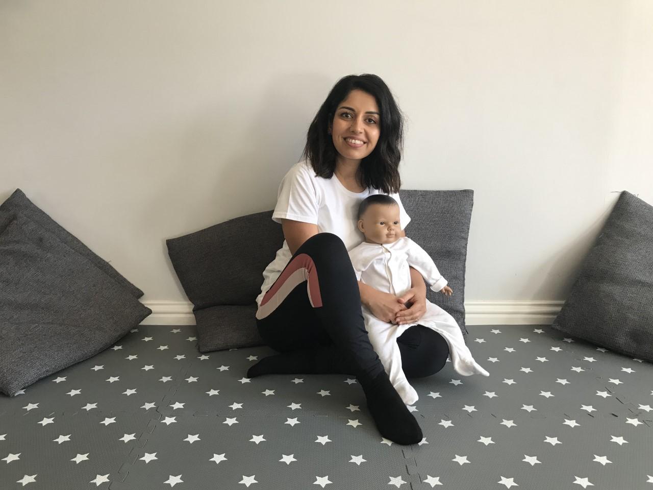 Baby massage & baby yoga