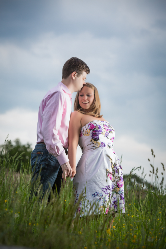 Learn to Photography Couples for Engagement Photography