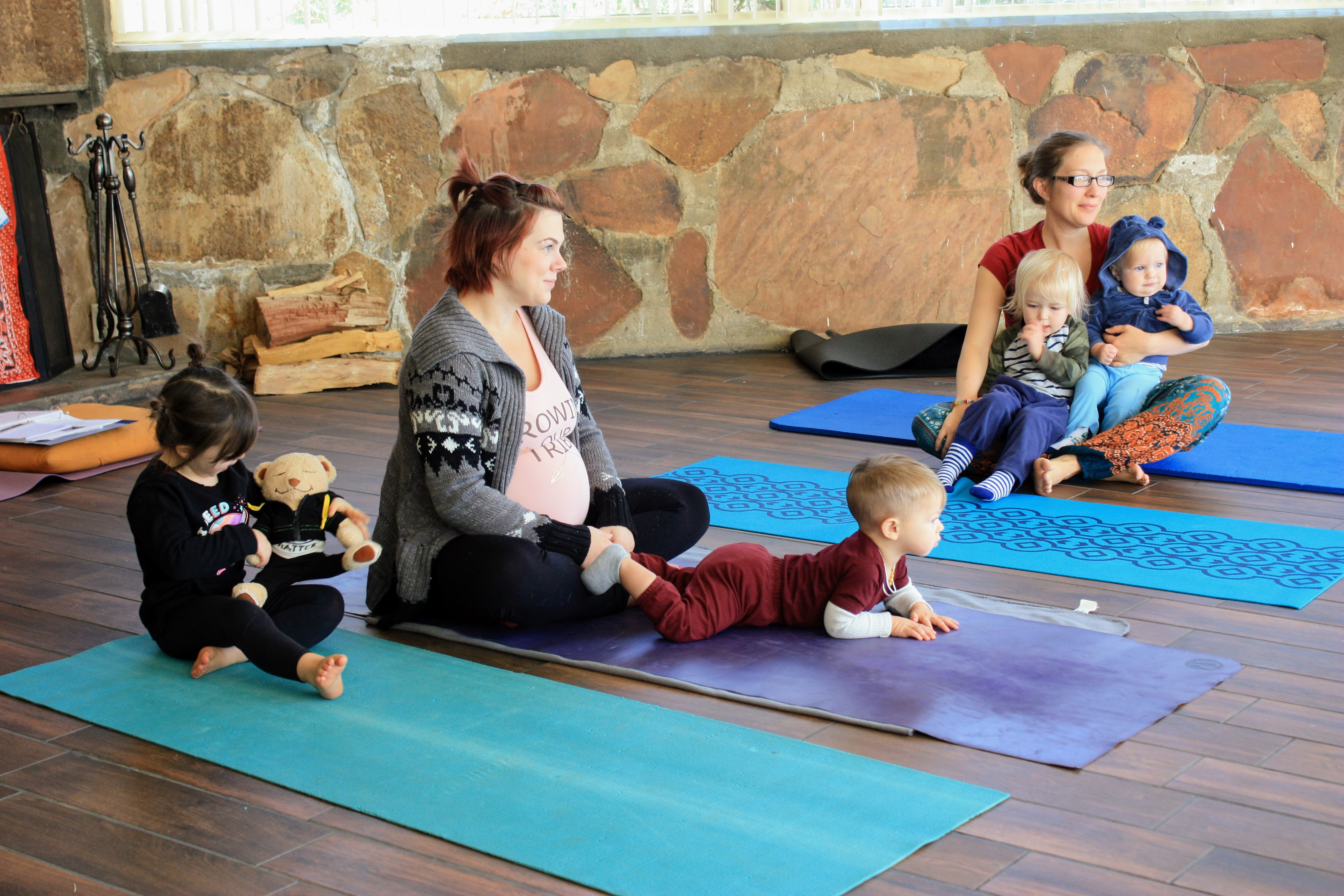 Relaxed Pregnant Moms with Toddlers Yoga