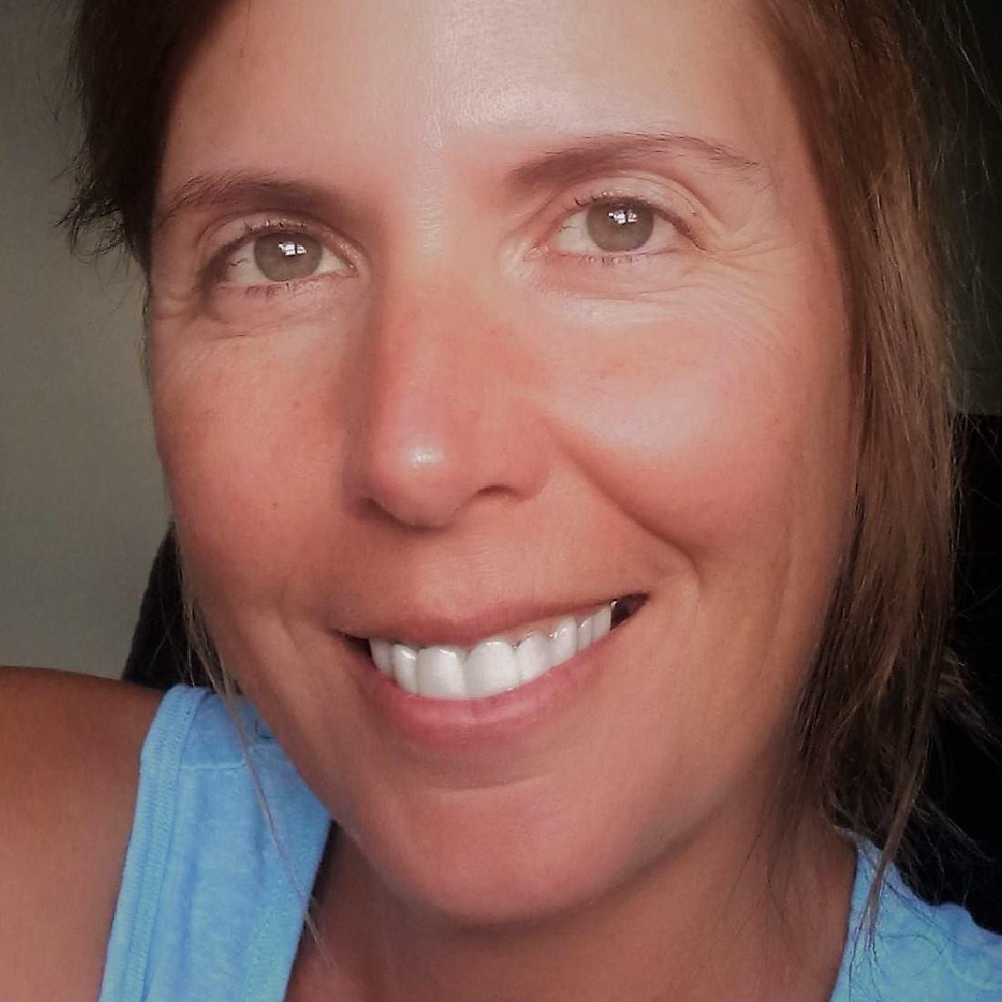 Leslie M., Canada - Educator
