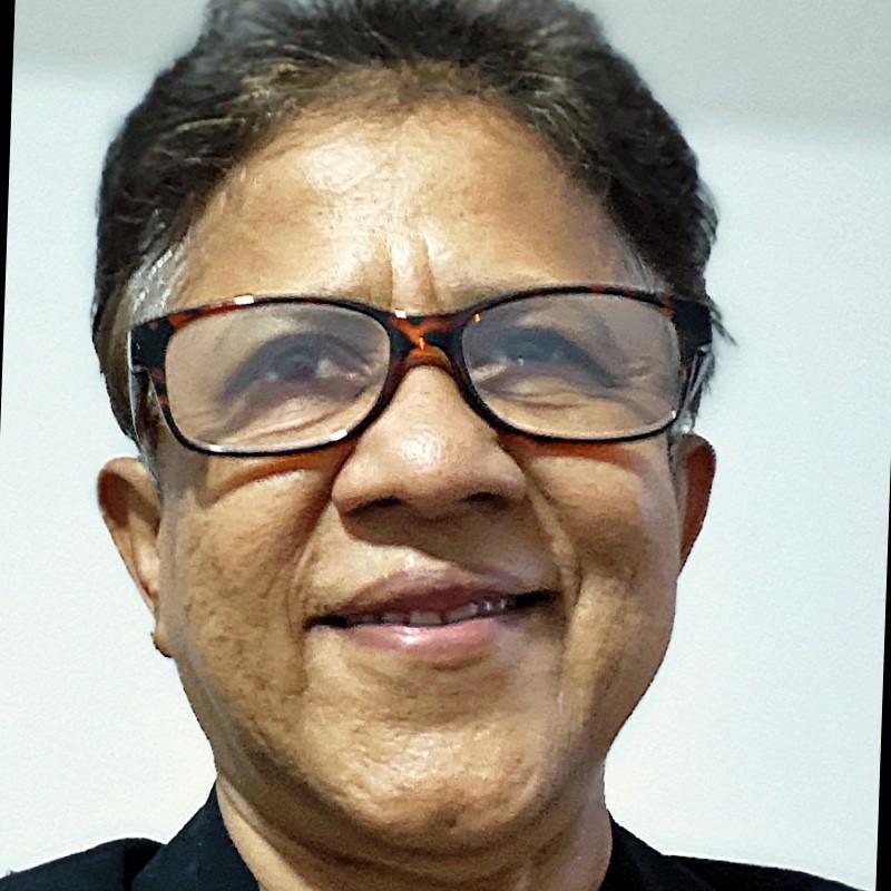 Padma Edirisinghe, freelance graphic web designer