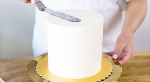 Perfect Buttercream Cake Tutorial