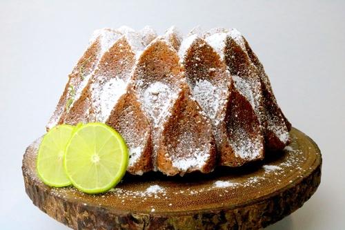 Rosca de Limón con Semilla de Amapola