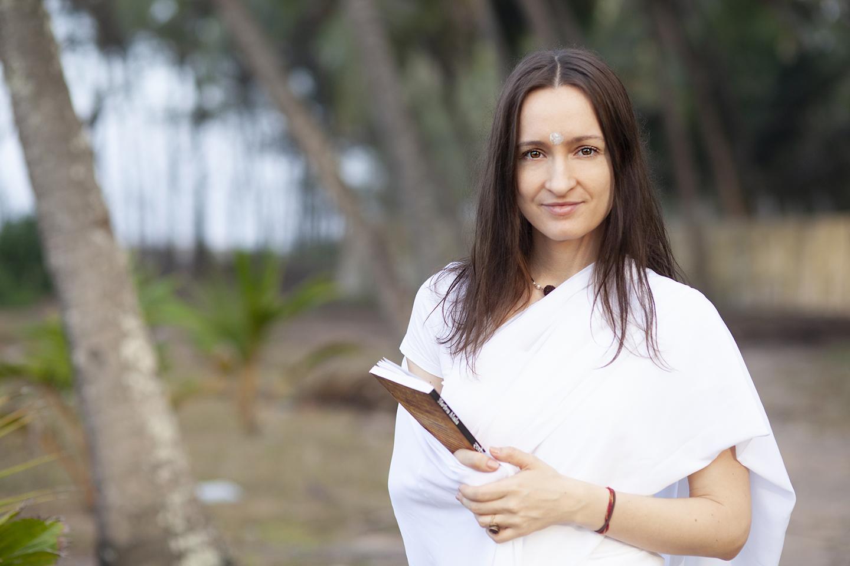 Maitri Baraz - Votre Formatrice Yoga&Vedas