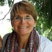 Dr. Anne  Borik