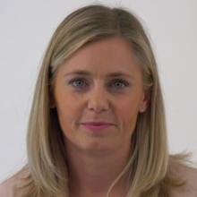 Dr. Verena  Thiem