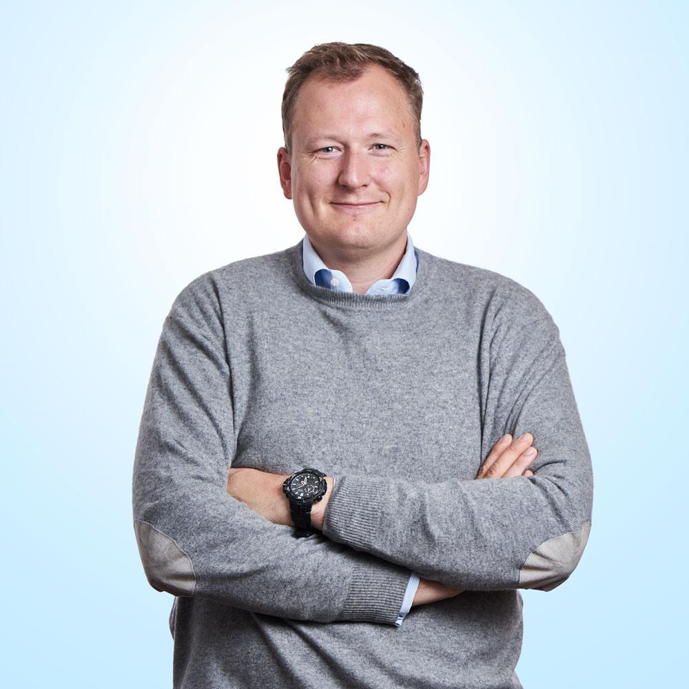 Dr. Jonas Steeger