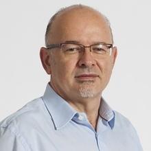 Dr. Fernando Núñez Mendoza