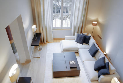 La Reserve Paris - 3 Bedroom Garden Apartment
