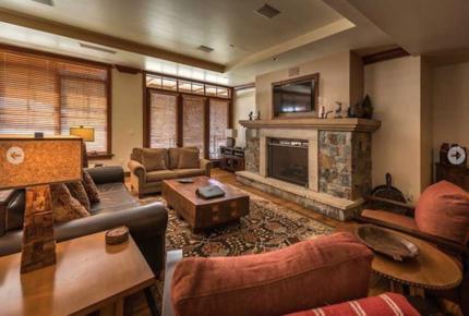 Great Bear Lodge 207 - Northstar at Tahoe - 4 Bedroom Residence