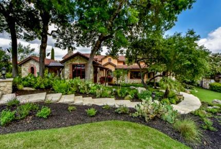 ARRIVE - Texas Luxury Encapsulated