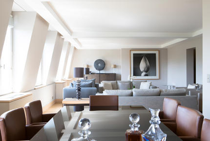 La Reserve Paris - 3 Bedroom Apartment
