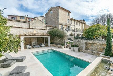 Sumptuous Villa Situated in a Unique Location