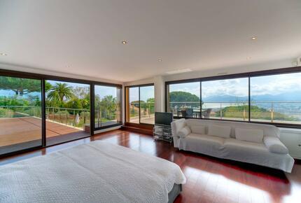 Modern Villa with Incredible Panoramic Sea View