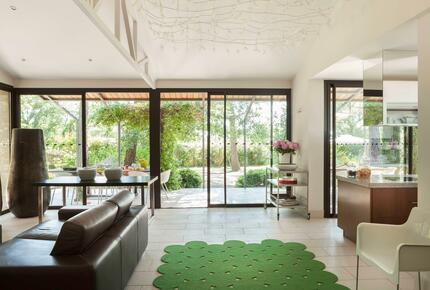 Chic Villa with Large Swimming Pool Surrounded by Greenery