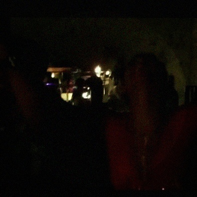 Beyonce and Jay-Z singing Coldplay in a bar