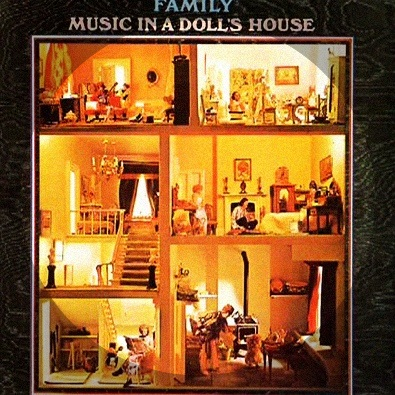 Family-Music in a Doll's House'68 debut album