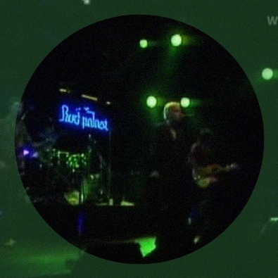 Fall on Me/Green Grow the Rushes (live)