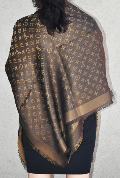 f21b7c20e11ba NEW LV Monogram Silk Wool Shine Scarf Shawl 100% Authentic M75122 ...