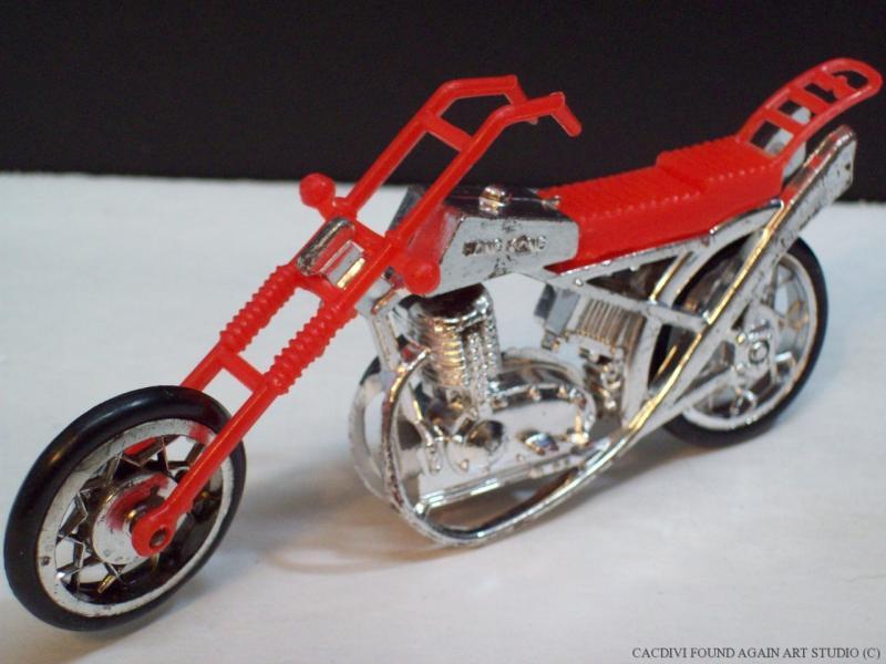 motorcycle toy old school chopper vintage red silver plastic spoke wheels move ebay. Black Bedroom Furniture Sets. Home Design Ideas