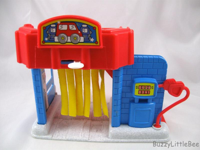 Fisher Price Little People~72355~Main Street~Car Wash~Gas