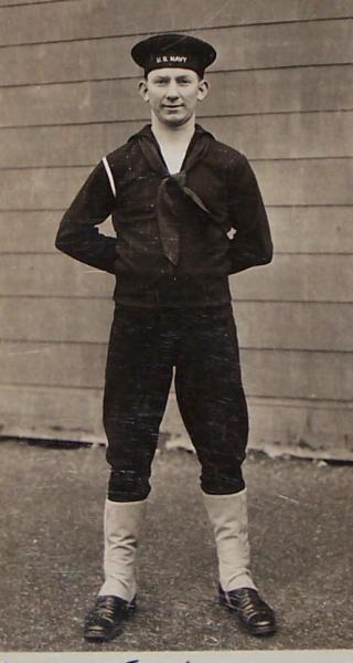 Vtg 1943 Wwii Us Navy Sailor In Uniform Photo Postcard