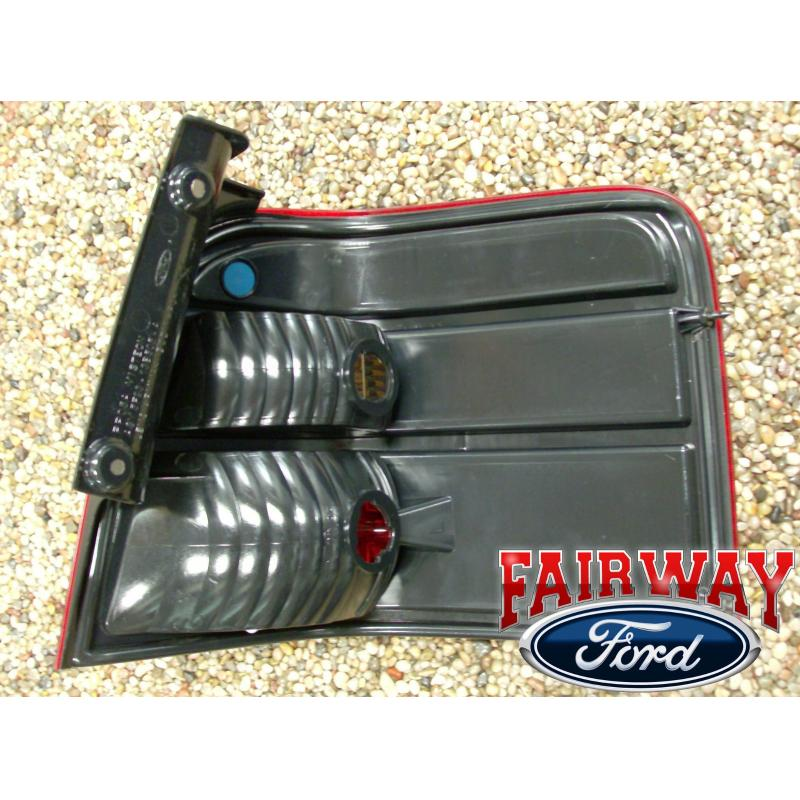 2006 2007 Freestyle Genuine Ford Parts Left Driver Tail Lamp Light New