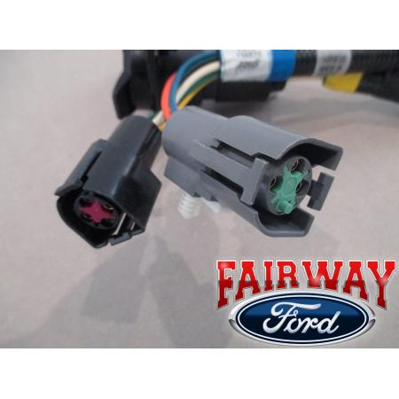 96 amp 97 f 250 f 350 super duty oem ford trailer tow wire click here to enlarge