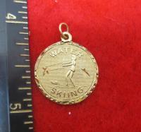 14KT  GOLD EP LADY WATER SKIING  SPORTS DIAMOND CUT CHARM PENDANT-1506