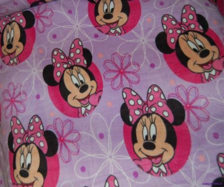 Minnie mouse on lavendar polar fleece fabric bty free ship for Spaceship fleece fabric
