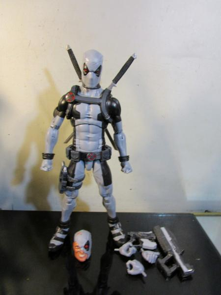 Hasbro Marvel Legends Icons Series 12-inch Uncanny X-Force Deadpol Action Figure