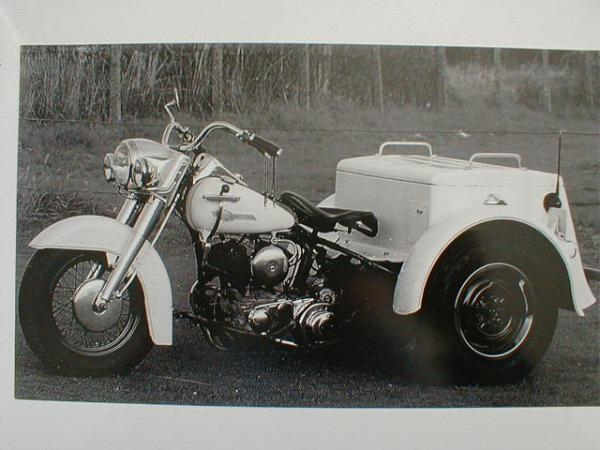 harley davidson motorcycle police three wheeler photo ebay. Black Bedroom Furniture Sets. Home Design Ideas