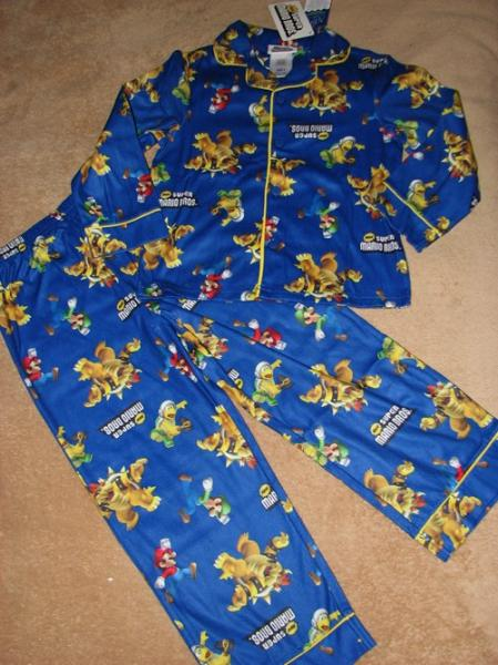 Nintendo Super Mario Bros Flannel Pajamas PJs 9 10