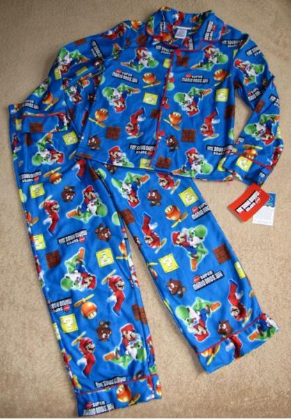 Nintendo Super Mario Bros Wii Game Flannel Pajamas PJs Sz 9 10