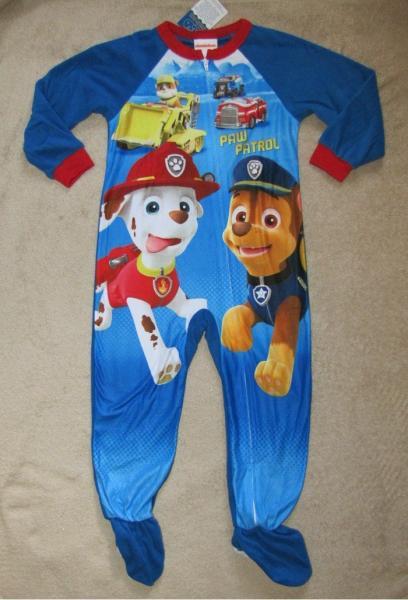 dad61c9ae PAW PATROL  Friends  Blanket Fleece Footed Sleeper L S Shirt Pajamas ...