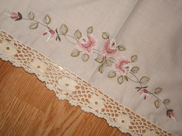 Crochet Flower Window Valance Pattern : Embroidered & Crocheted FLOWER VALANCE 60X16 Off White Curtain