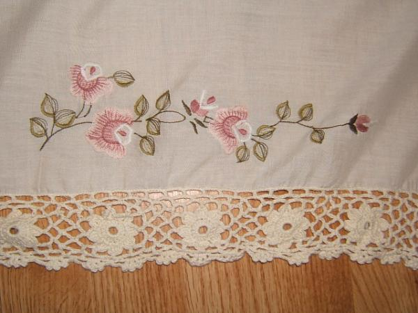 Crochet Flower Window Valance Pattern : Embroidered & Crocheted FLOWER VALANCE 60X16 Off White ...