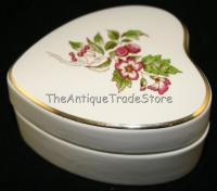 Vintage British Wade ceramic heart shaped Trinket box