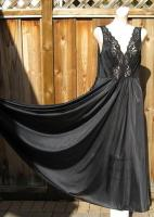 Vintage 70s Vanity Fair Black Olga Style Nightgown XL