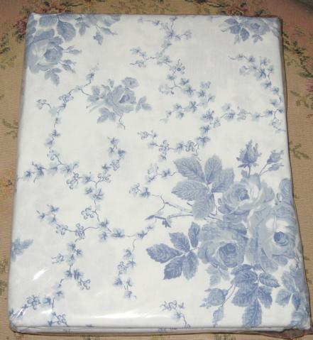 NIP Laura Ashley SOPHIA BLUE ROSE TOILE Shower Curtain
