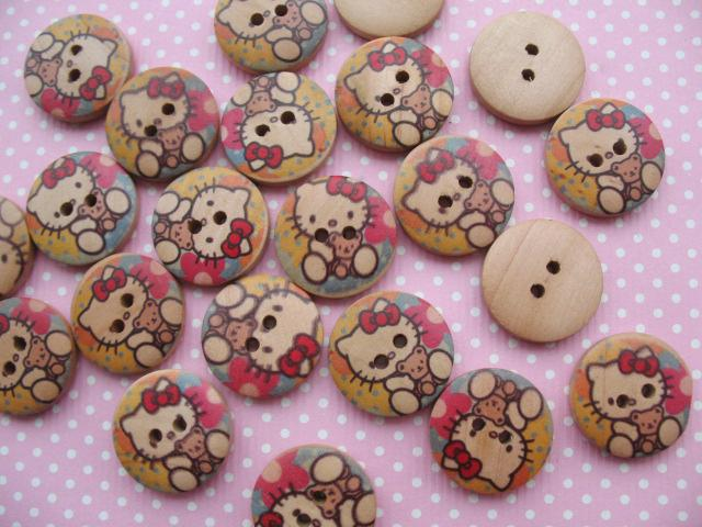 30 Lt. Brown Wood Hello Kitty Print Buttons/Kids 20mm