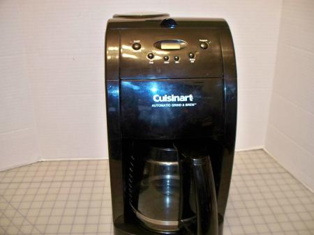 Cuisinart Automatic Grind And Brew Coffee Maker Problems : CUISINART Grind And Brew DGB-500BK Automatic Coffee Maker Programmable Black 12C eBay