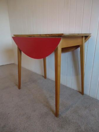 RED VINTAGE RETRO FORMICA TOP KITCHEN DINING TABLE DROP LEAF ROUND EBay