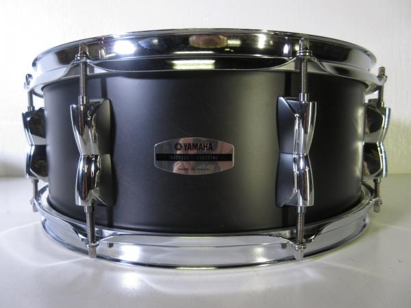 yamaha stage custom snare drum 14 x 5 5 matte black 8 lugs birch shell. Black Bedroom Furniture Sets. Home Design Ideas