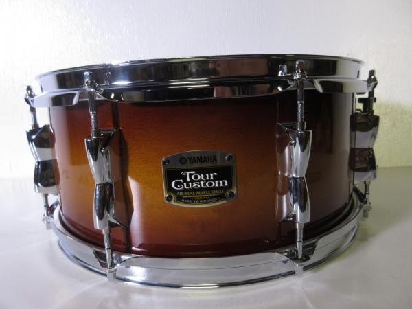 yamaha tour custom snare drum 14 x 5 5 brown sunburst. Black Bedroom Furniture Sets. Home Design Ideas