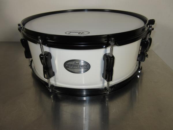 pearl soundcheck snare drum 14 x 5 5 white w black hardware 8 lugs ebay. Black Bedroom Furniture Sets. Home Design Ideas